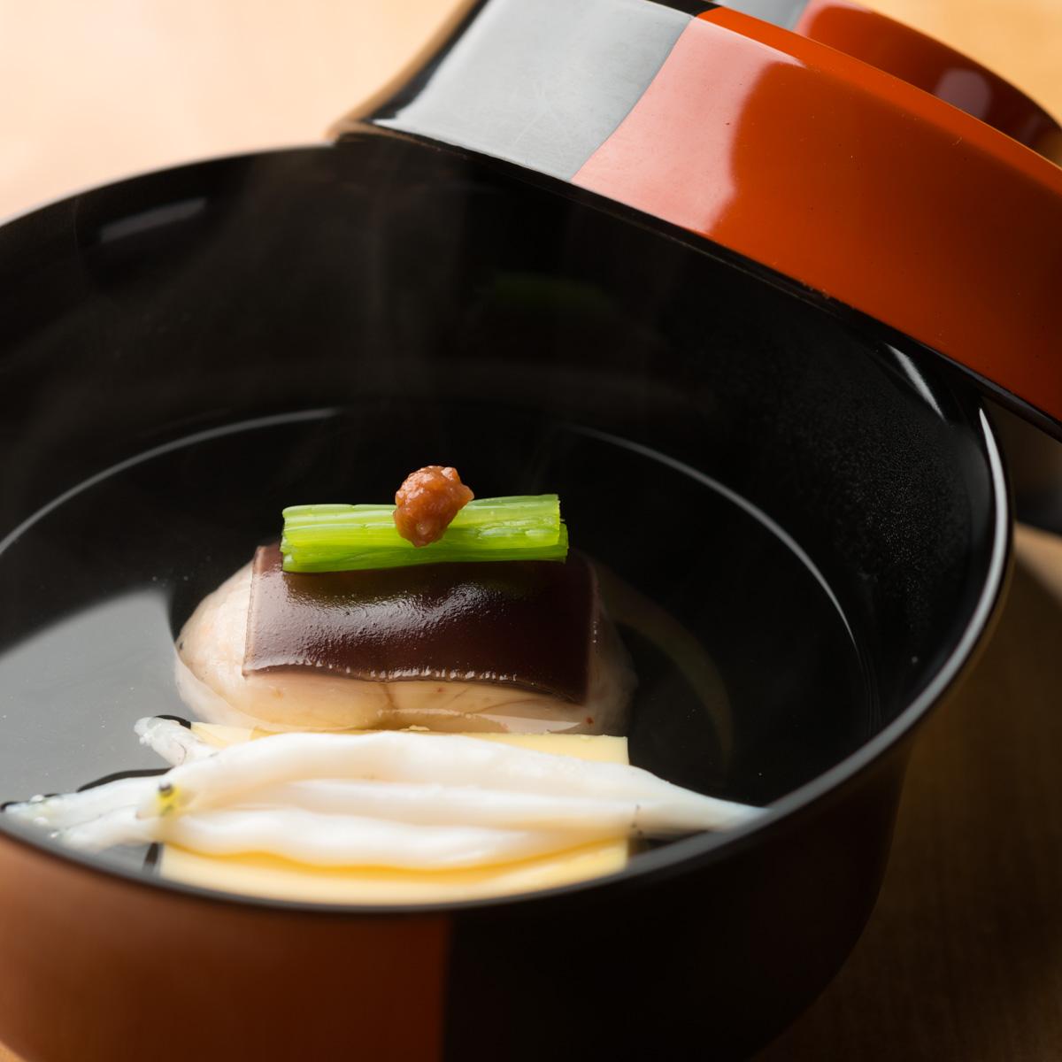 椀物|車海老真丈と白魚のお椀
