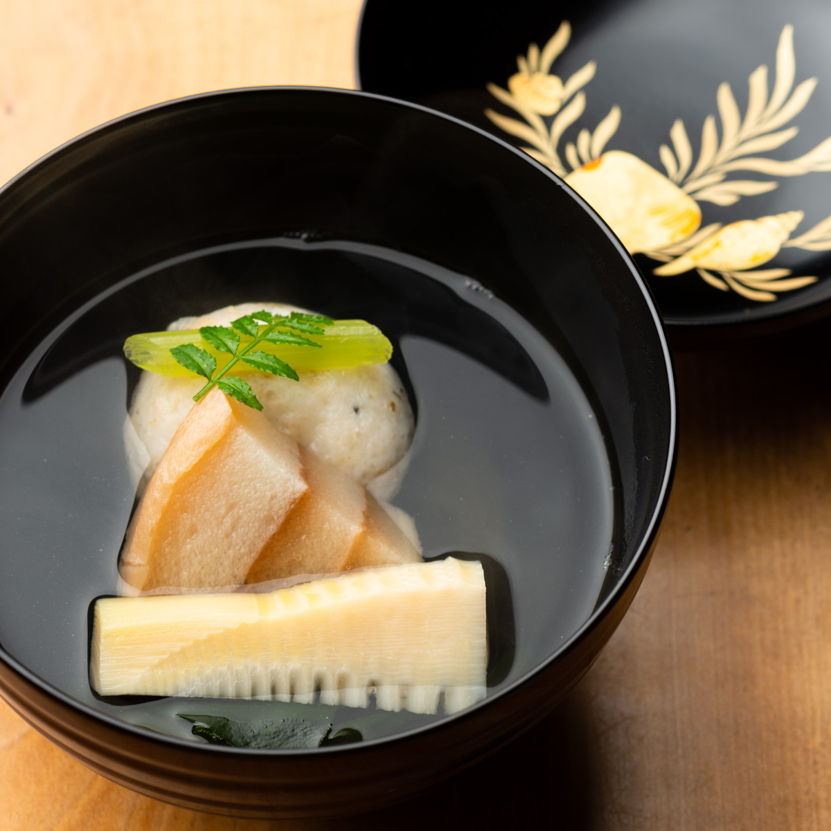 椀物|あさり真丈と竹の子のお椀