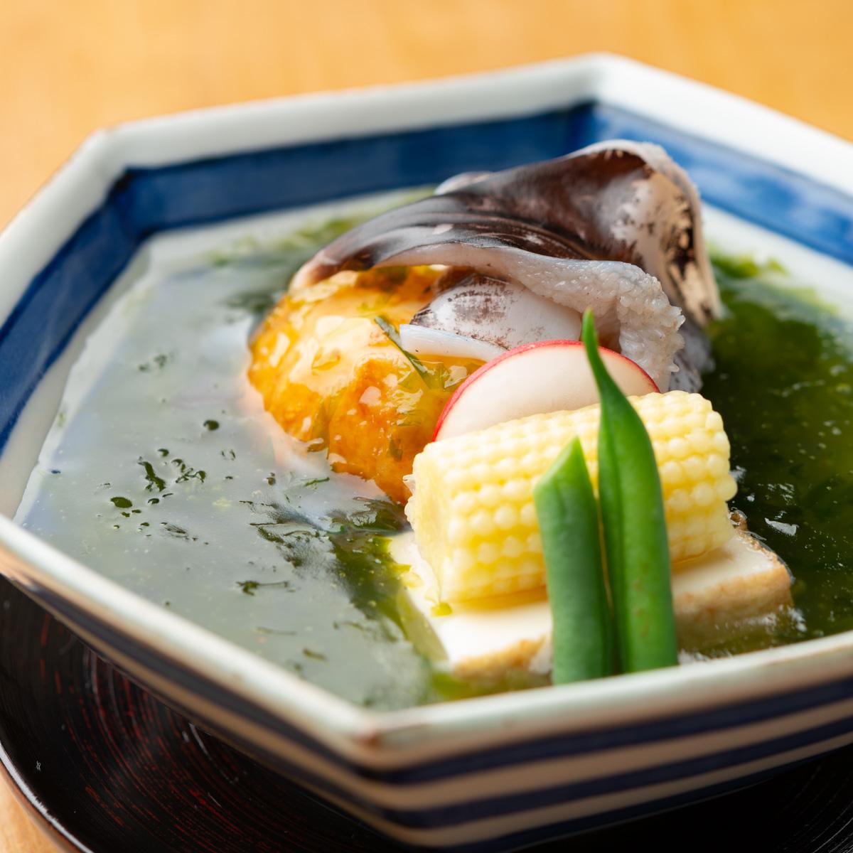 煮物|鳥貝、あさりの揚げじゃが芋まんじゅう 生海苔あんかけ