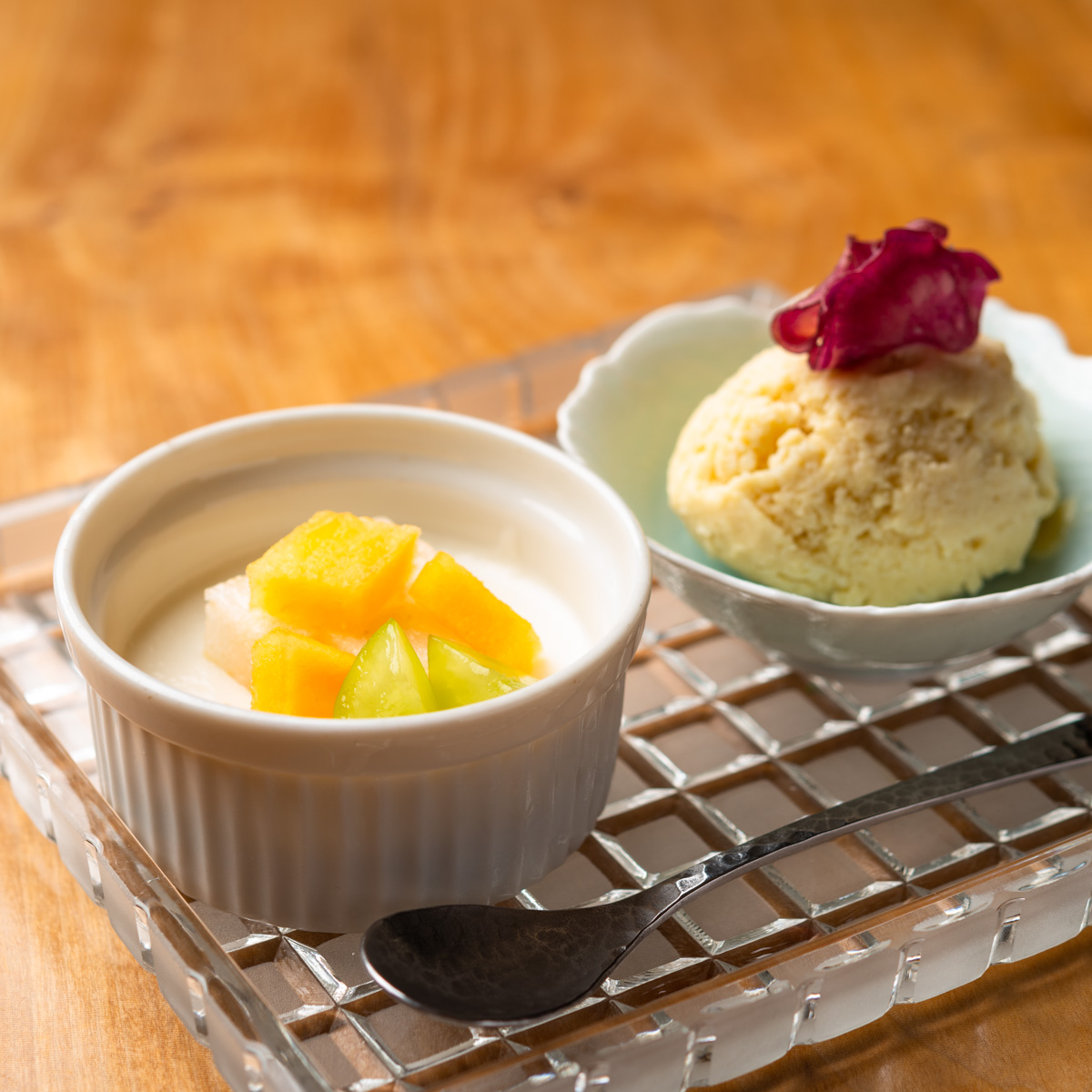 甘味|安納芋のアイスクリームと洋梨のパンナコッタ