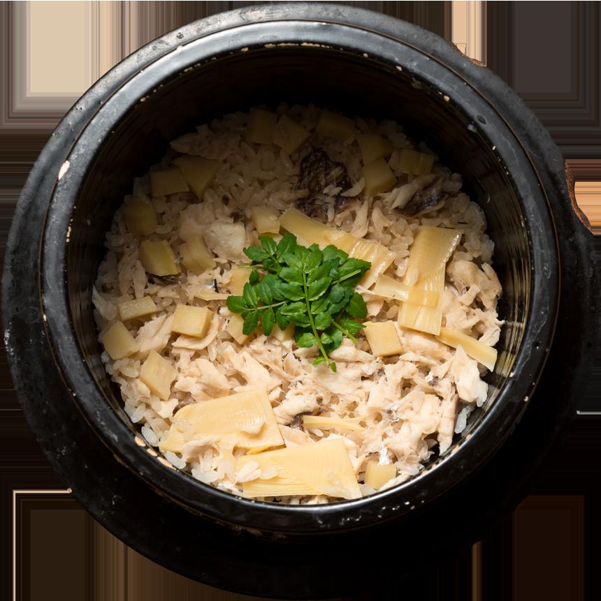 天然の真鯛と旬のお野菜を用いた炊き込み御飯