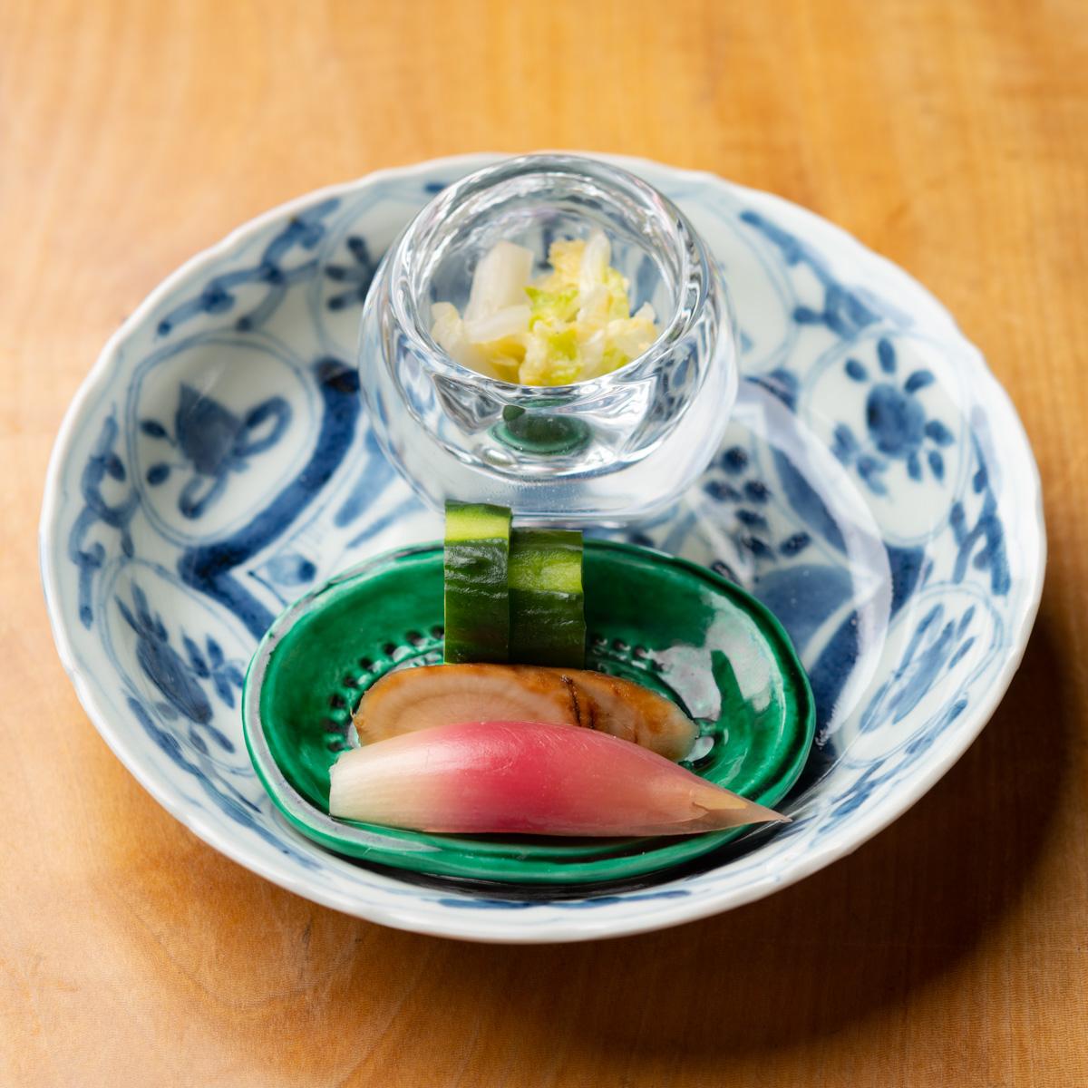 香の物|きゅうりのぬか漬け、みょうがの甘酢漬け、白菜の柚子漬け、京ごぼうの醤油漬け